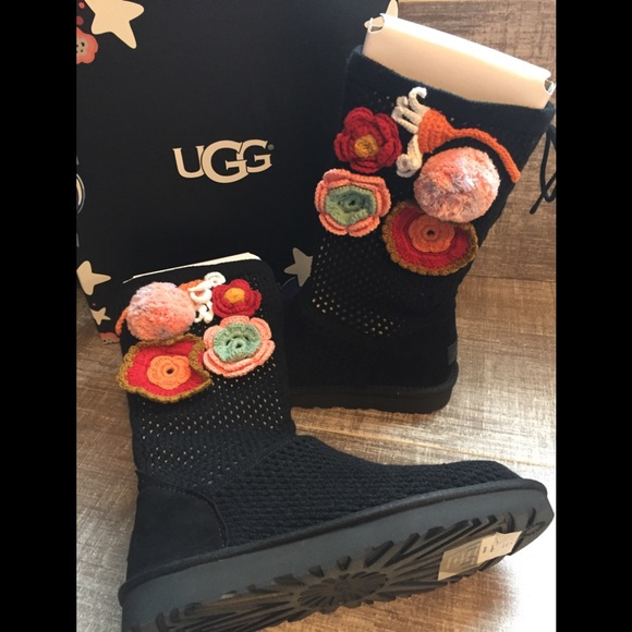 659983440d4 NIB Rare! UGG Black Crochet Boot, Sz 9 NWT